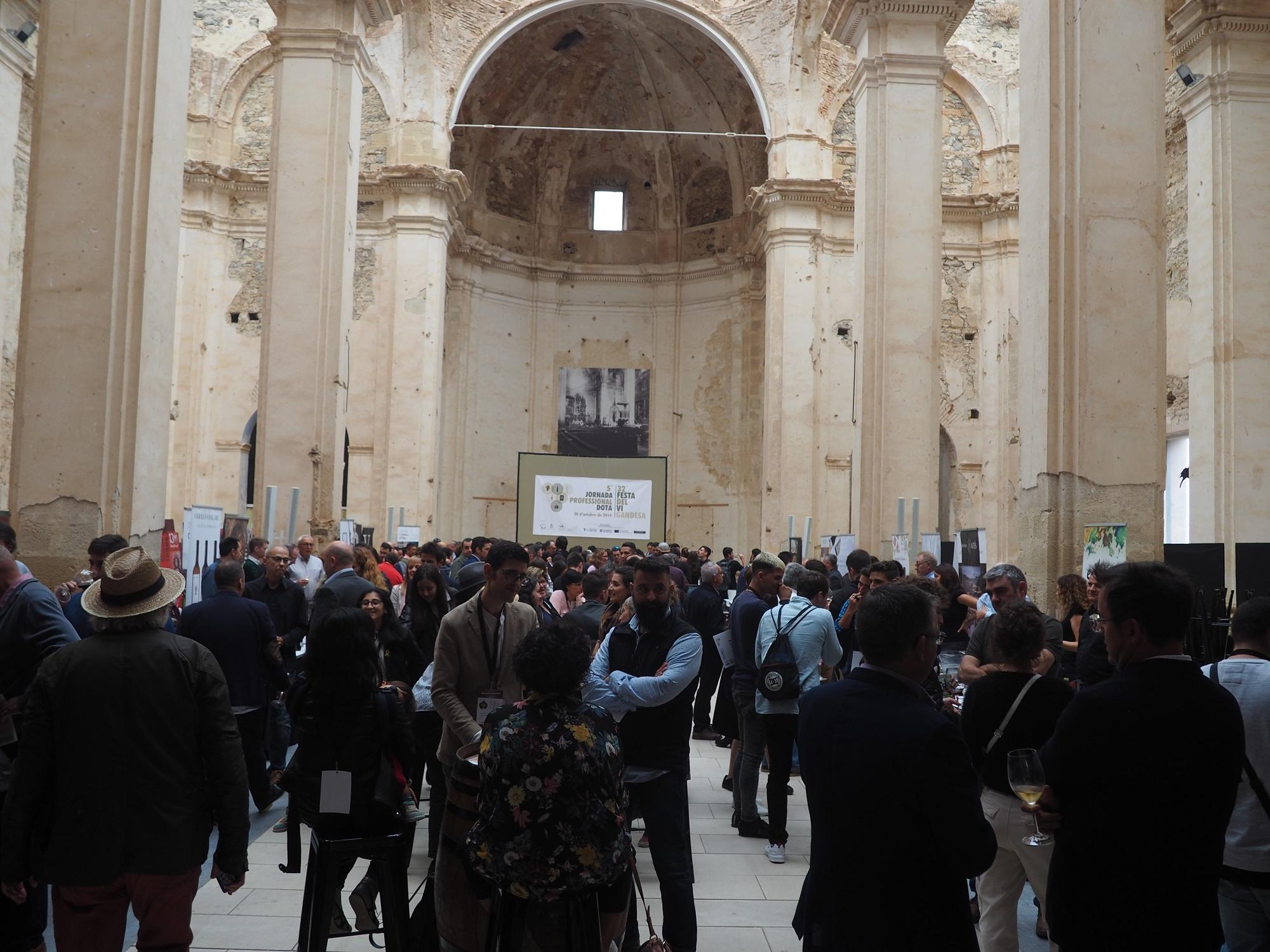 La DO Terra Alta congrega a més de 200 professionals a l'Església del Poble Vell de Corbera